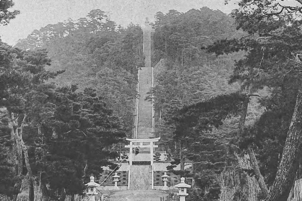 清水寺の撮影スポットの豊国廟