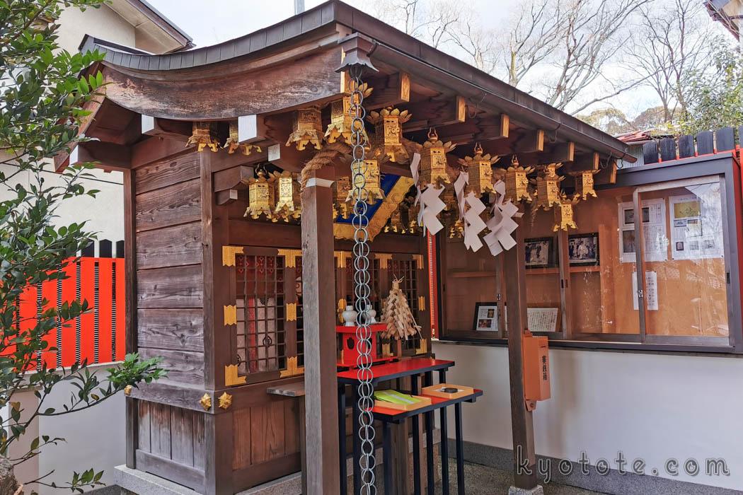安産祈願で有名な三嶋神社